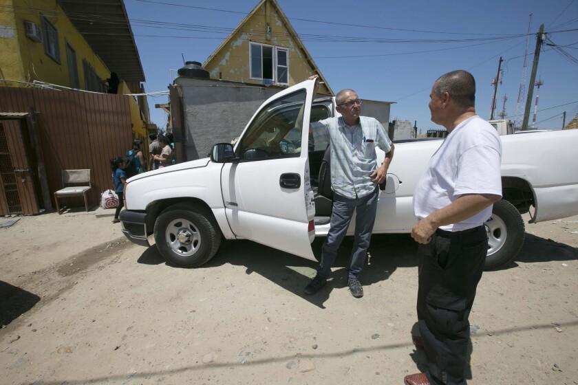 Central American asylum seekers head home
