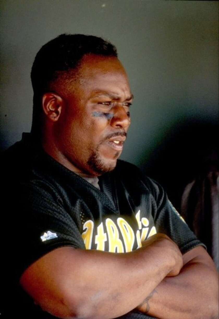 Kevin Mitchell in 1998 photo
