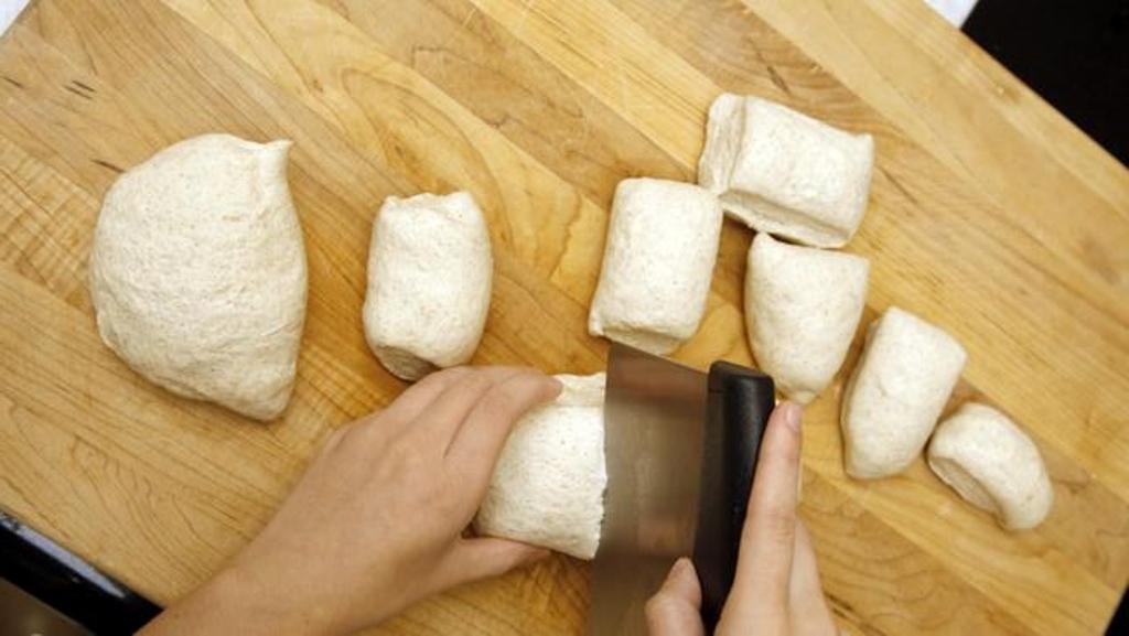 Divide the dough into 12 pieces.