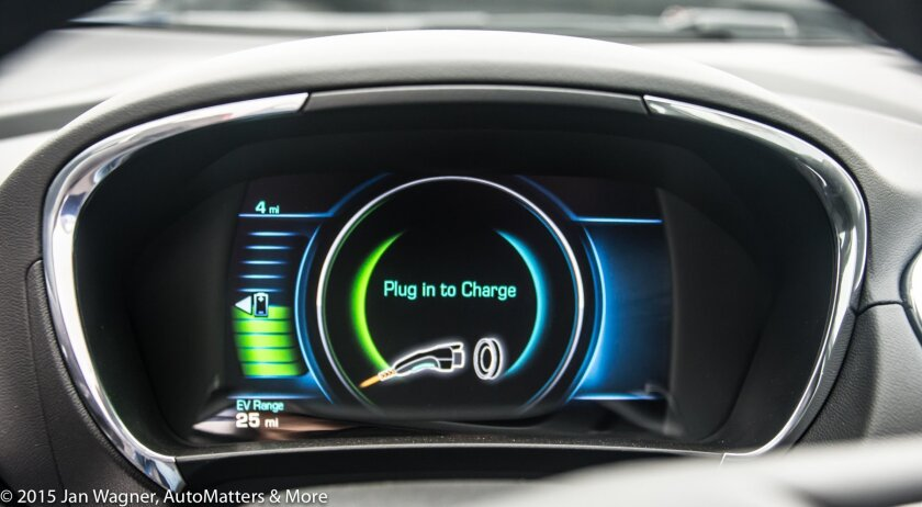 2016 Chevrolet Volt dash display