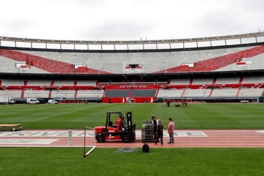 Registro de los preparativos del estadio Antonio Vespucio Liberti, conocido como el 'Monumental' de la Ciudad de Buenos Aires (Argentina), antes del partido de vuelta de la final de la Copa Libertadores 2018. EFE