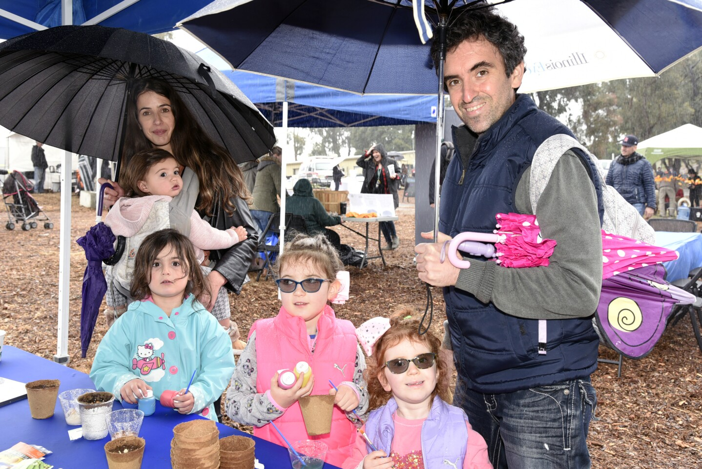 Hadar Gold with Aria and Mila, Shimon Ruben with Katie and Natalie