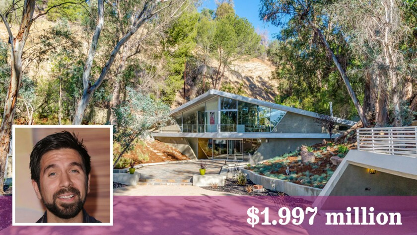 Joshua Gomez Puts His 1960s House Up For Sale In Tarzana Los Angeles Times Learn more about joshua gomez at tvguide.com with exclusive news, full bio and filmography as well as photos, videos, and more. joshua gomez puts his 1960s house up