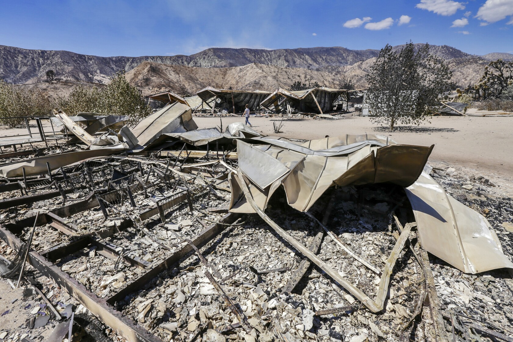 Blue Cut fire in the Cajon Pass destroys 105 homes and 213 other