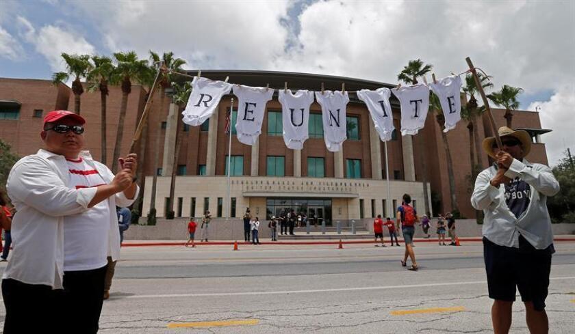 La Unión Americana de Libertades Civiles (ACLU) anunció hoy que disputará algunos casos de padres inmigrantes a los que se les negó la reunificación con sus hijos debido a su historial criminal. EFE/ARCHIVO