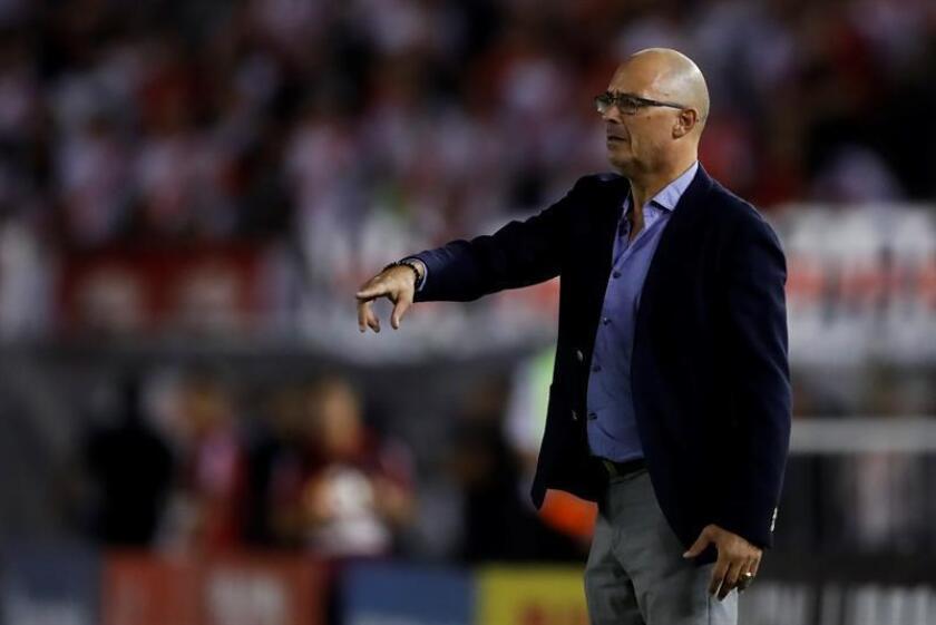 En la imagen, el entrenador uruguayo Alfredo Arias. EFE/Archivo