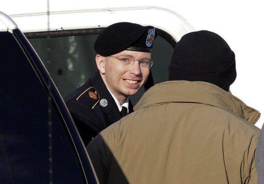 Bradley Manning may testify in WikiLeaks pretrial proceedings