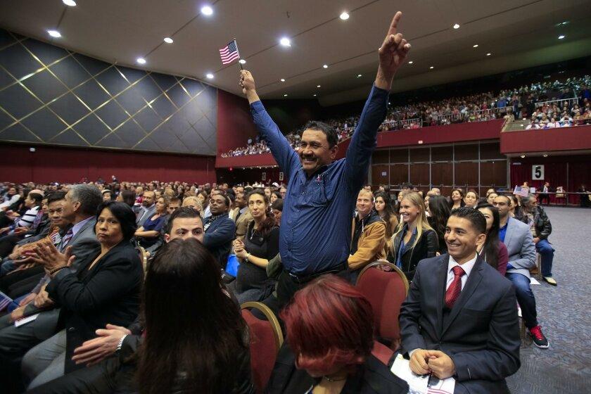 San Diego swears in 1,400 new U S  citizens - The San Diego