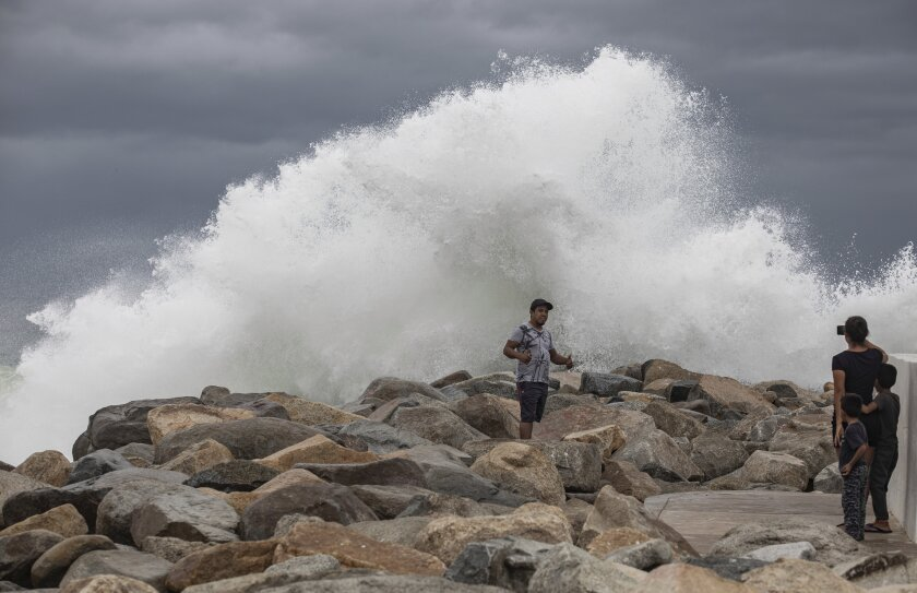 Lorena spares Los Cabos, heads up east coast of Mexico's Baja peninsula