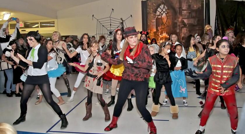 Halloween flash mob