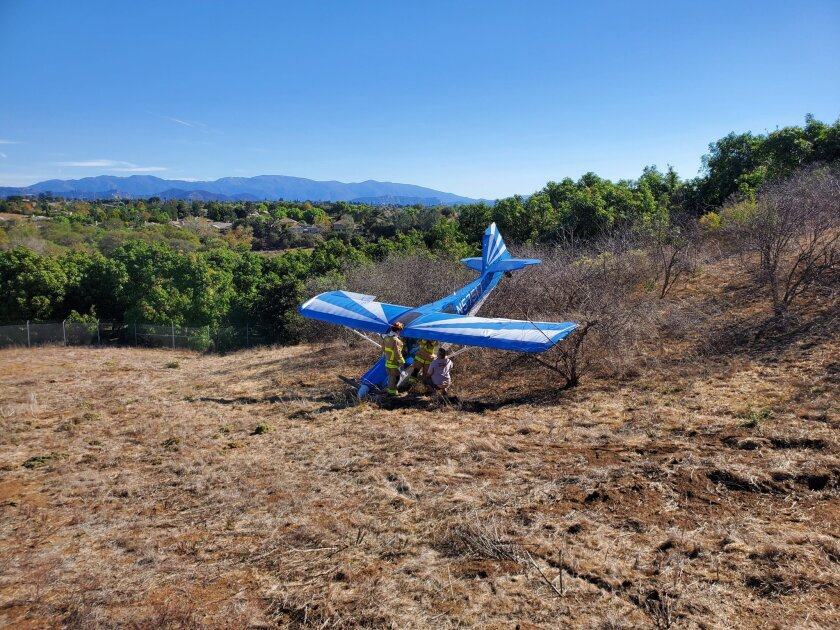 A small plane crashed in Fallbrook on Wednesday. The pilot walked away with only minor injuries.
