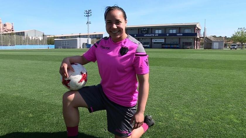 La mexicana Charlyn Corral, nueva jugadora del Atlético de Madrid