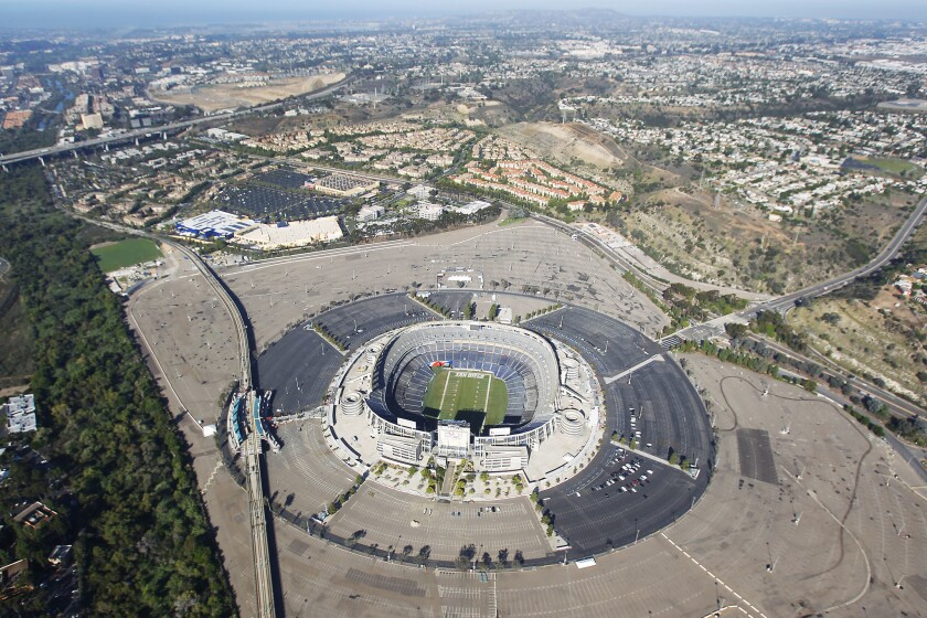 Qualcomm Stadium would be renovated rather than demolished under a new plan being formulated by developer Doug Manchester.