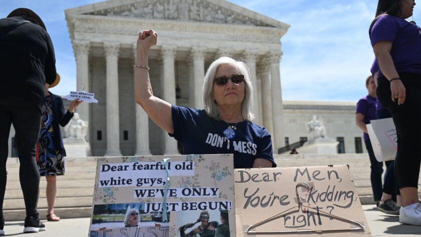 FILES-US-POLITICS-JUSTICE-ABORTION-COURT