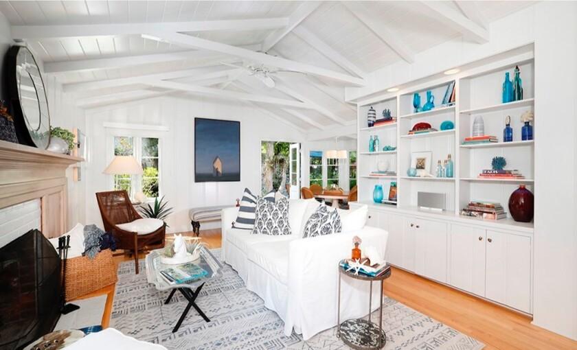 Denise Di Novi's Laguna Beach cottage