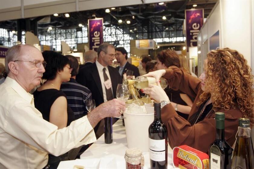 El sector de alimentos y bebidas es una de las fuerzas potentes exportadoras de Chile. EFE/Archivo