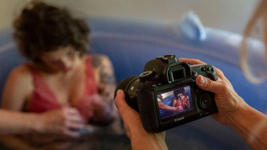 In delivery rooms, birth photographers meet millennial parents' rising demand for raw images of childbirth