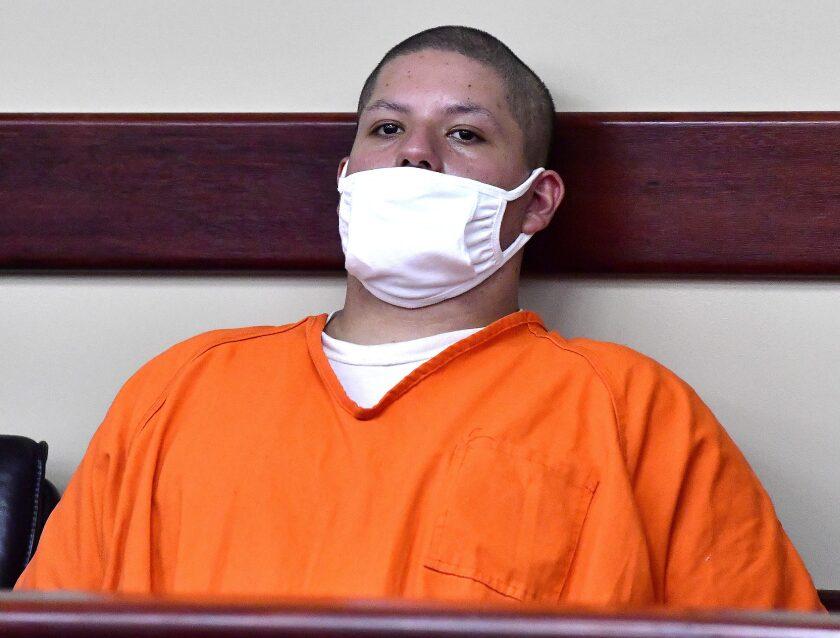 Joseph Jimenez, de 20 años, en el tribunal de Riverside, California, el viernes 30 de julio de 2021.
