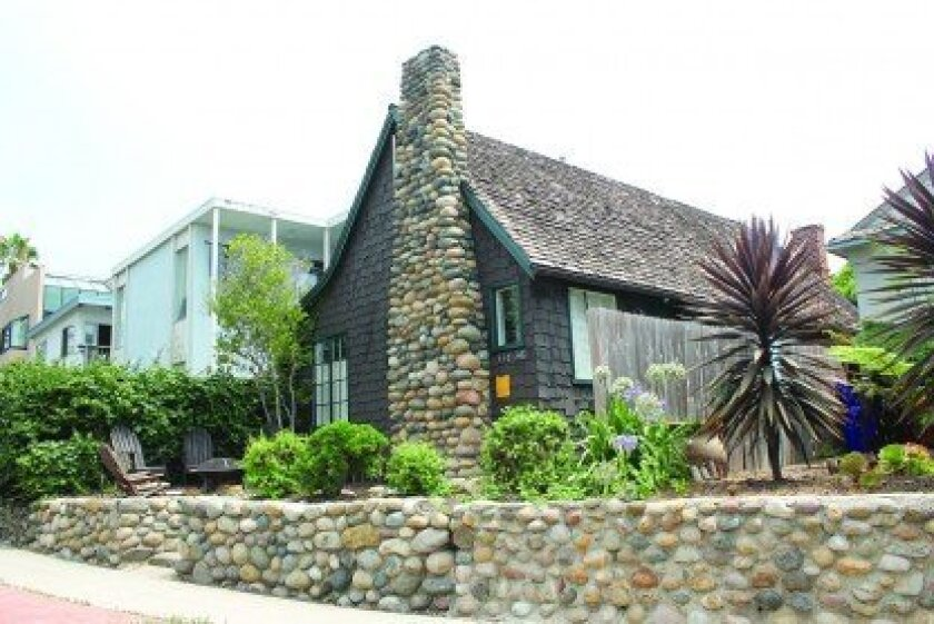 Preservationists convinced San Diego Planning Commissioners to allow the city's Historical resources Board to consider a historic designation for these two WindanSea cottages — a review supported by the mayor.