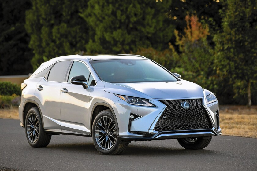 Lexus Los Angeles >> Luxurious Lexus Rx Makes Cheaper Nx Look Bad In Comparison