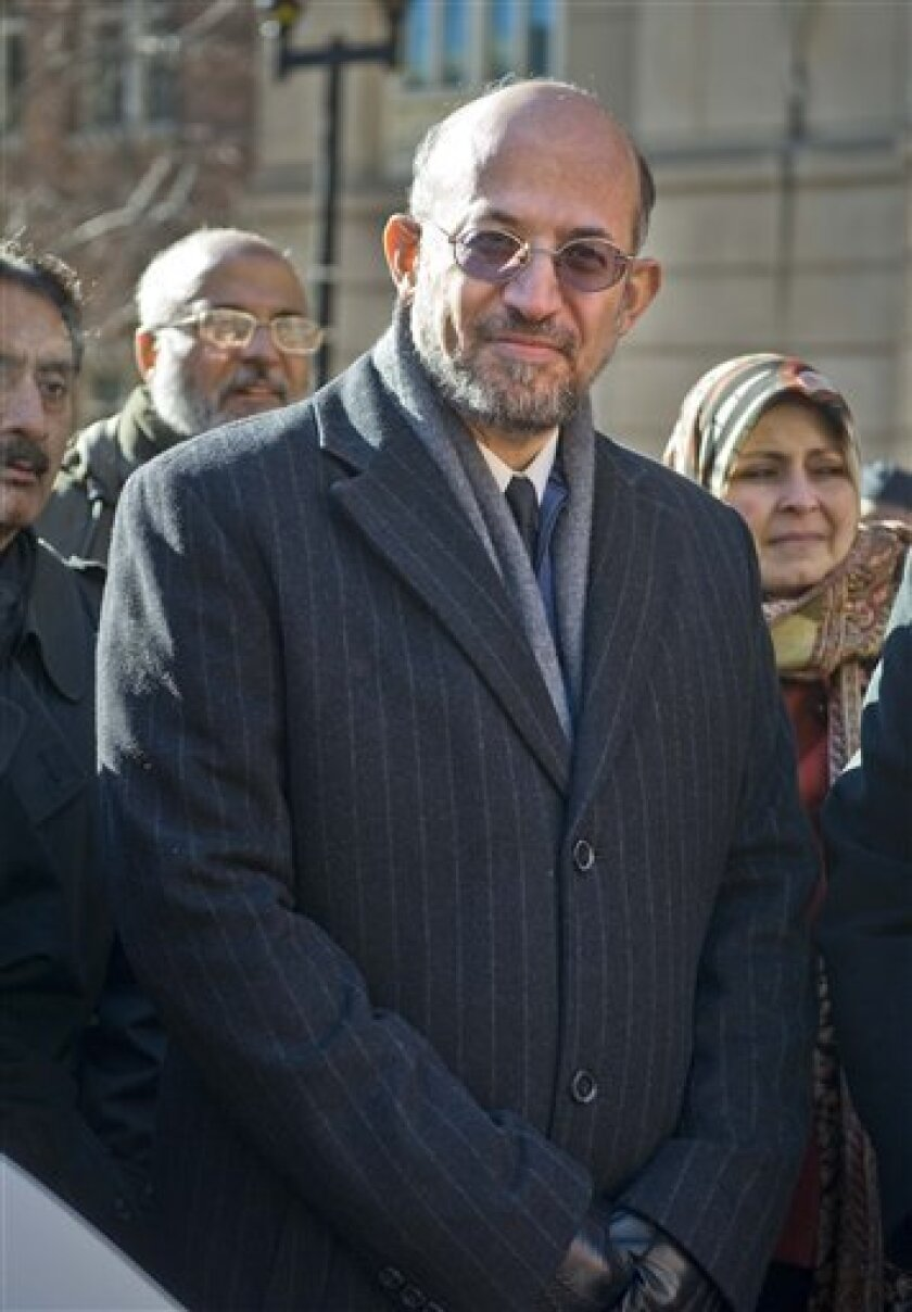 Former University of South Florida professor Sami Al-Arian is seen outside federal court in Alexandria, Va., Friday, Jan. 16, 2009, after a hearing. A judge is allowing prosecutors to continue with a criminal contempt case against Al-Arian once accused by the U.S. government of being a top Palestin