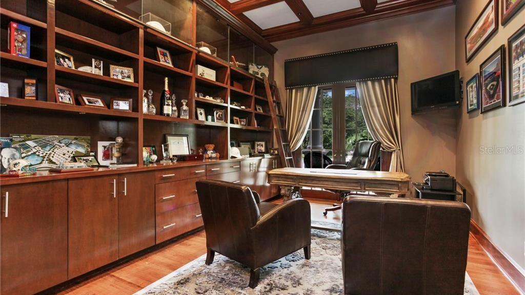 Dodger executive Joe Crowley sells in Orlando | Hot Property