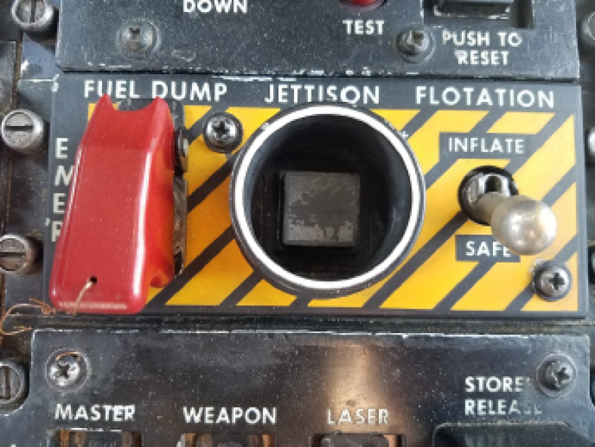 jettison button.PNG