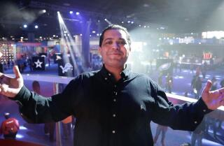 The Super Bowl Experience with Arash Markazi