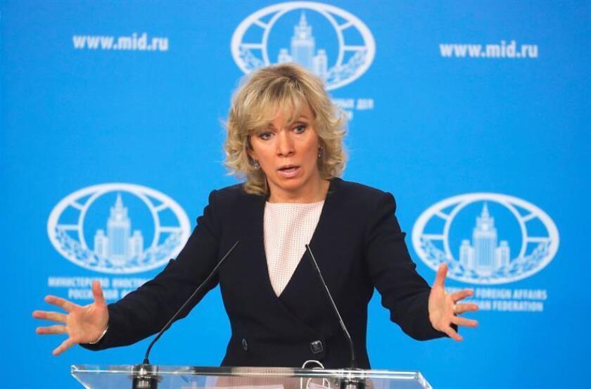 La portavoz del Ministerio de Asuntos Exteriores de Rusia, María Zajárova, explicó hoy que no descarta la posibilidad de que Washington lance nuevos ataques contra Siria, y aseguró que EE.UU. y sus aliados tienen concentrados en la zona cerca de 70 aviones, dos buques y más de 400 misiles de crucero. EFE/ARCHIVO