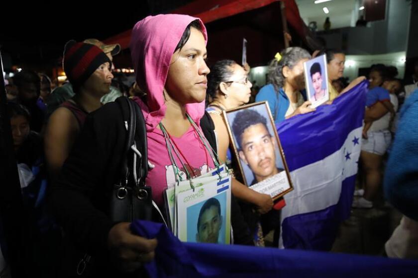 """La Caravana de Madres de Migrantes Desaparecidos Centroamericanos pidió hoy en su paso por Ciudad de México """"justicia y verdad"""" a los Gobiernos del mundo para que cesen las violaciones a los derechos humanos de los migrantes. EFE/ARCHIVO"""