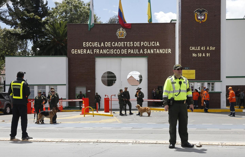 FOTOS Atentado con a en una academia de polica en Colombia