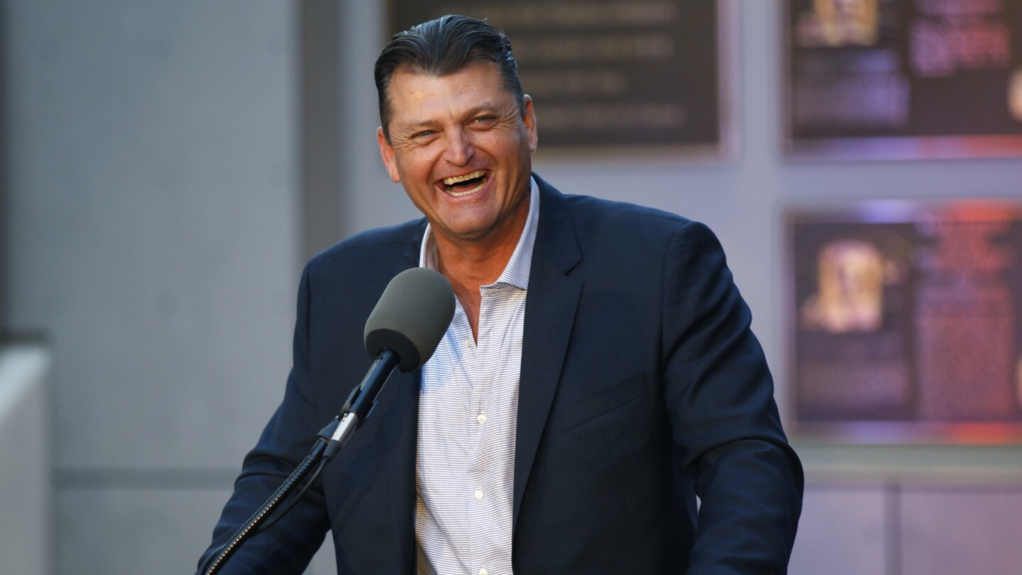 Trevor Hoffman speaks a news conference after he was elected to the National Baseball Hall of Fame at Petco Park on January 24, 2018. (Photo by K.C. Alfred/ San Diego Union-Tribune)