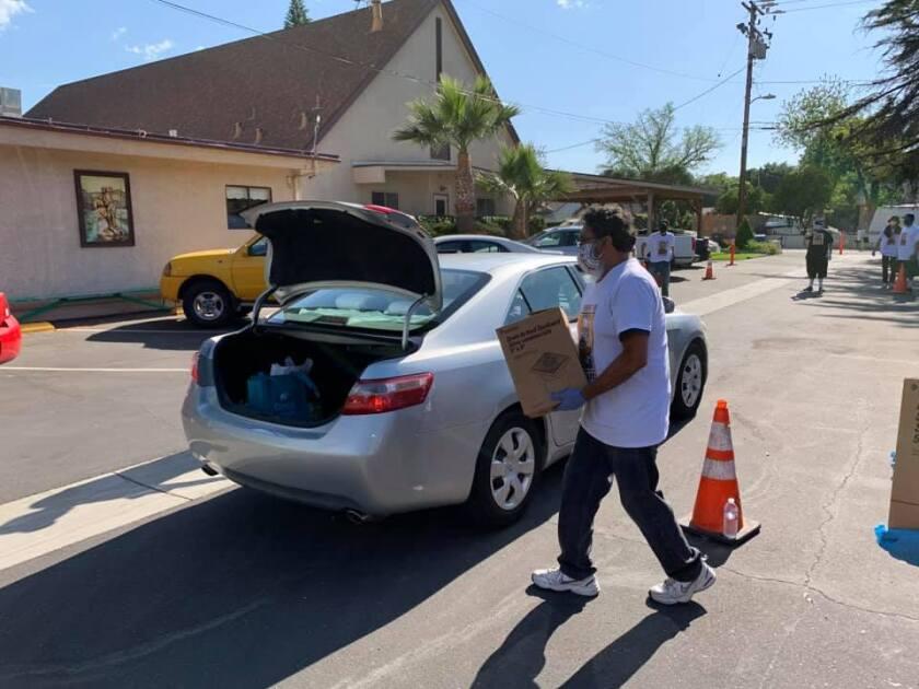 La iniciativa comenzó con una sola actividad, pero se extendió y ya llevan nueve jornadas en ciudades del condado de Ventura y Tulare.