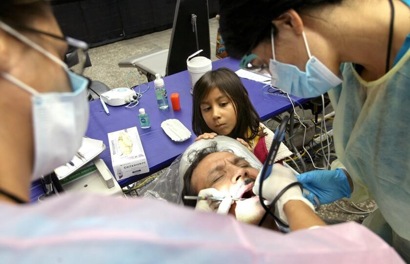 Entre los servicios que se ofrecerán están exámenes médicos, control dental y de la vista.
