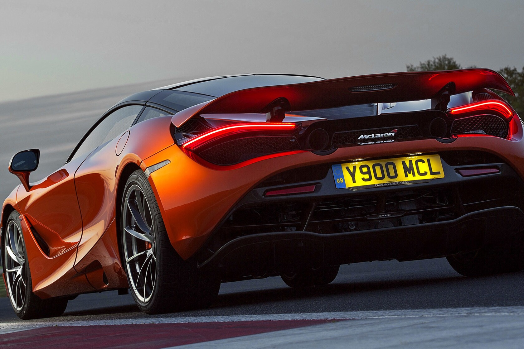 Review: McLaren 720S: How'd they make this thing street