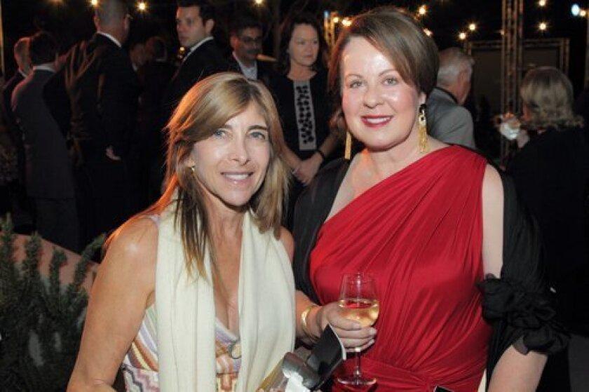 Gayle Glass, Linda Howard