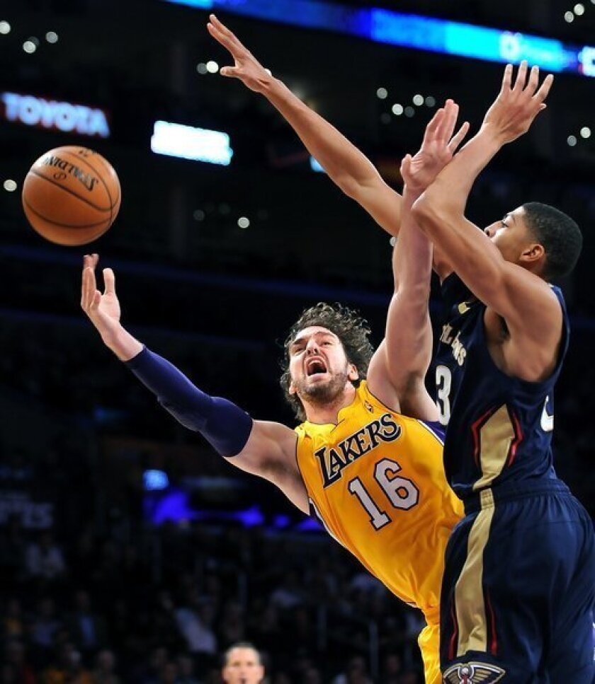 Lakers rout New Orleans Pelicans, 116-95