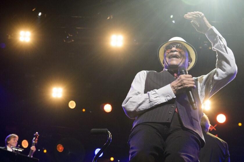 Singer Al Jarreau has died at the age of 76.