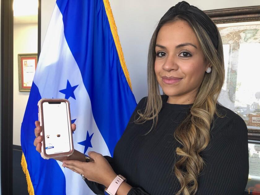 Al comenzar la pandemia, María Fernanda Rivera, cónsul general de Honduras en LA, reforzó el uso de las redes sociales.