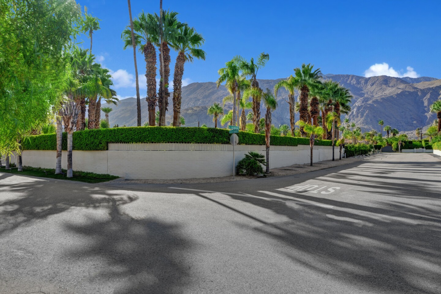 George Montgomery and Dinah Shore's onetime Palm Springs home | Hot Property