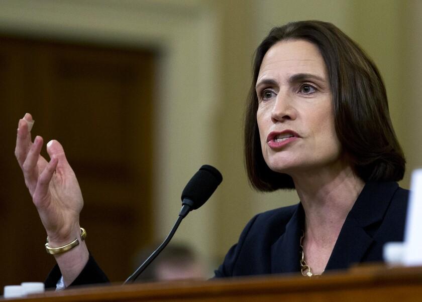 La experta en Rusia Fiona Hill da testimonio ante la comisión de inteligencia de la Cámara de Representantes