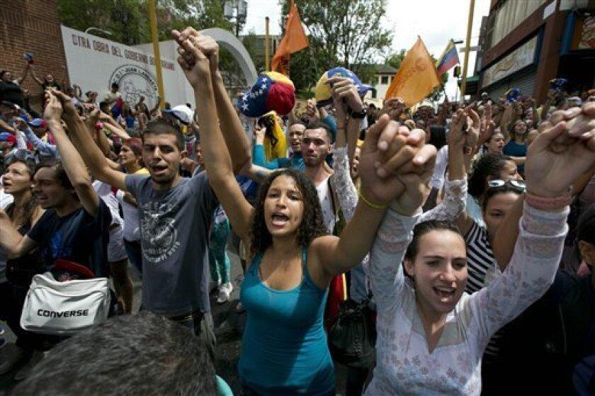 """El Poder Electoral de Venezuela informó hoy que este jueves finalizó, """"sin observaciones"""", la auditoría del software de las máquinas que se utilizarán en la recolección del 20 % de manifestaciones de voluntades para la activación del referendo revocatorio del presidente Nicolás Maduro."""