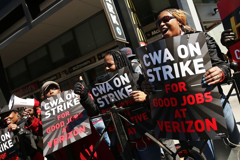 Verizon and two unions reached a deal in principle ending a 6-week strike. Earlier, hundreds of Verizon workers struck outside of the telecommunications company's Brooklyn offices.