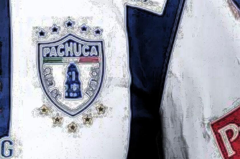 Empleado del club Pachuca está en problemas.