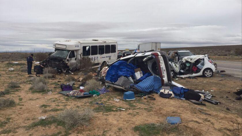 1 killed, 26 injured in tour bus crash in Mojave Desert