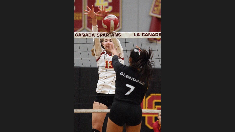Photo Gallery: La Cañada vs. Glendale in non-league girls' volleyball
