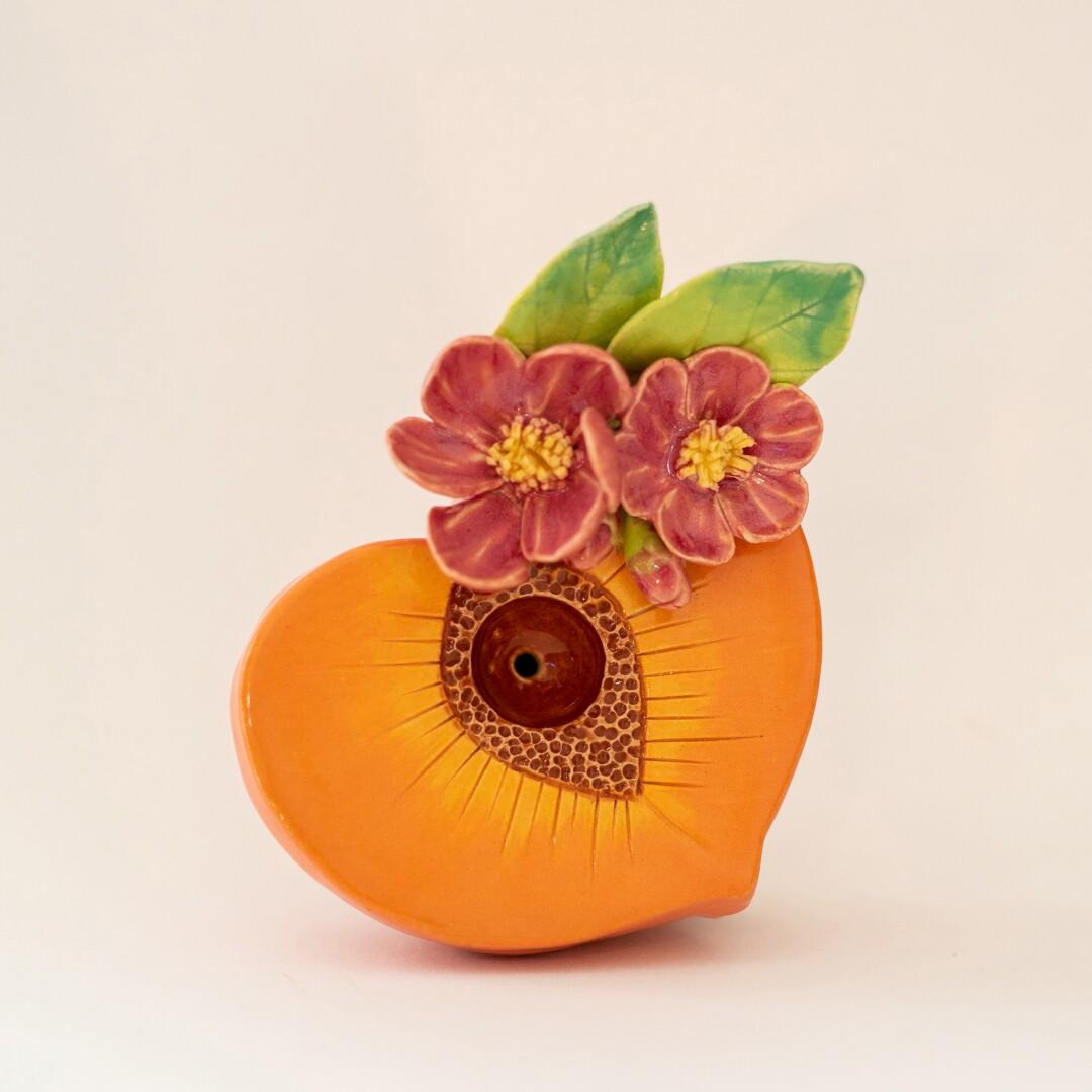 Cheeky Peach Pipe from Munisa Ceramica.