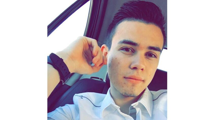 David Cabrales, 20.