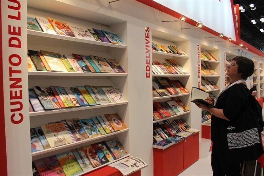 Vista del pabellón de España en la Feria del Libro de Estados Unidos BookExpo, el jueves 30 de mayo 2013, en Nueva York. EFE/Archivo