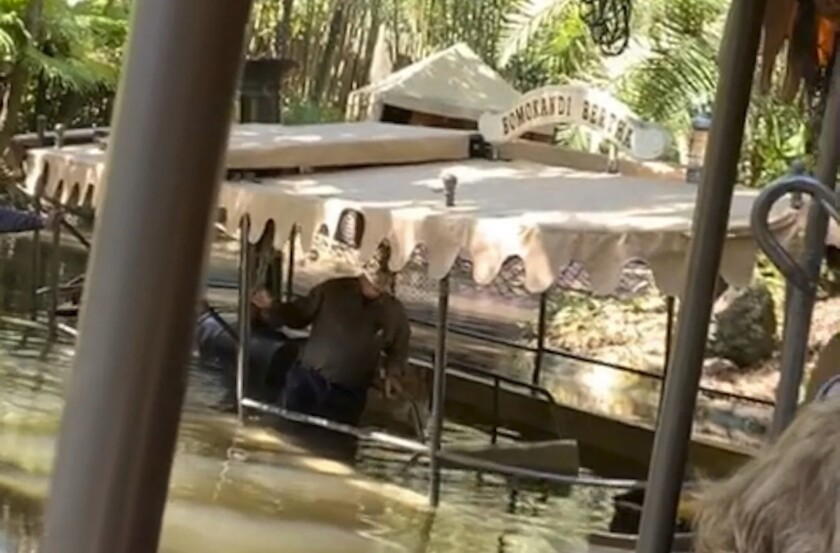 Disney-Boat Evacuated